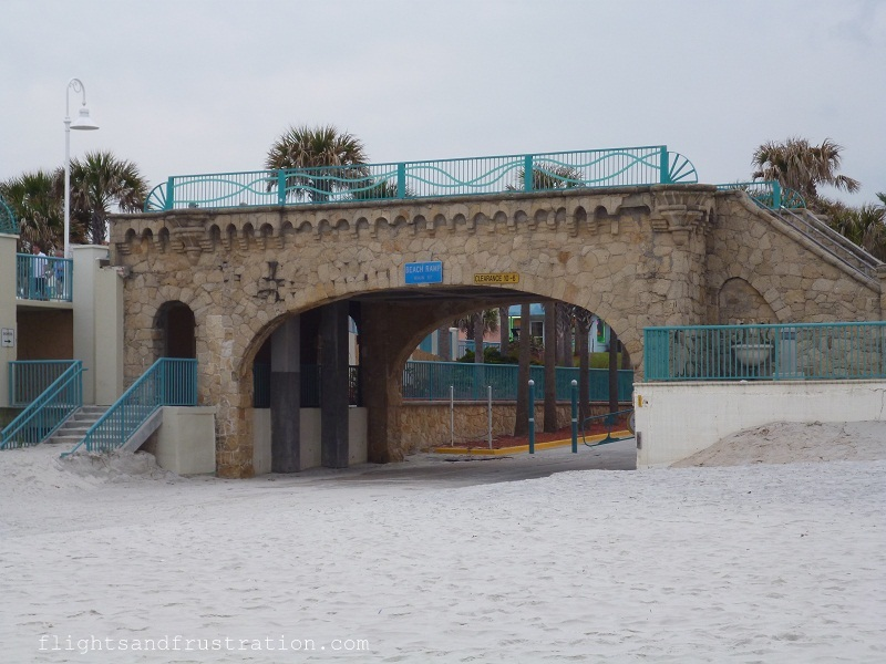 Bridge at the beach entrance