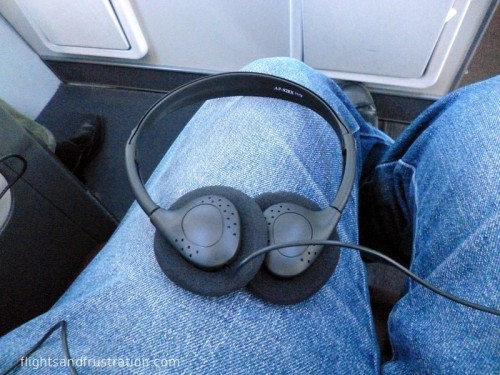 Cheap headphones on Qantas Business Class