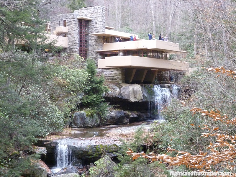 visting the frank lloyd wright falling water house. Black Bedroom Furniture Sets. Home Design Ideas